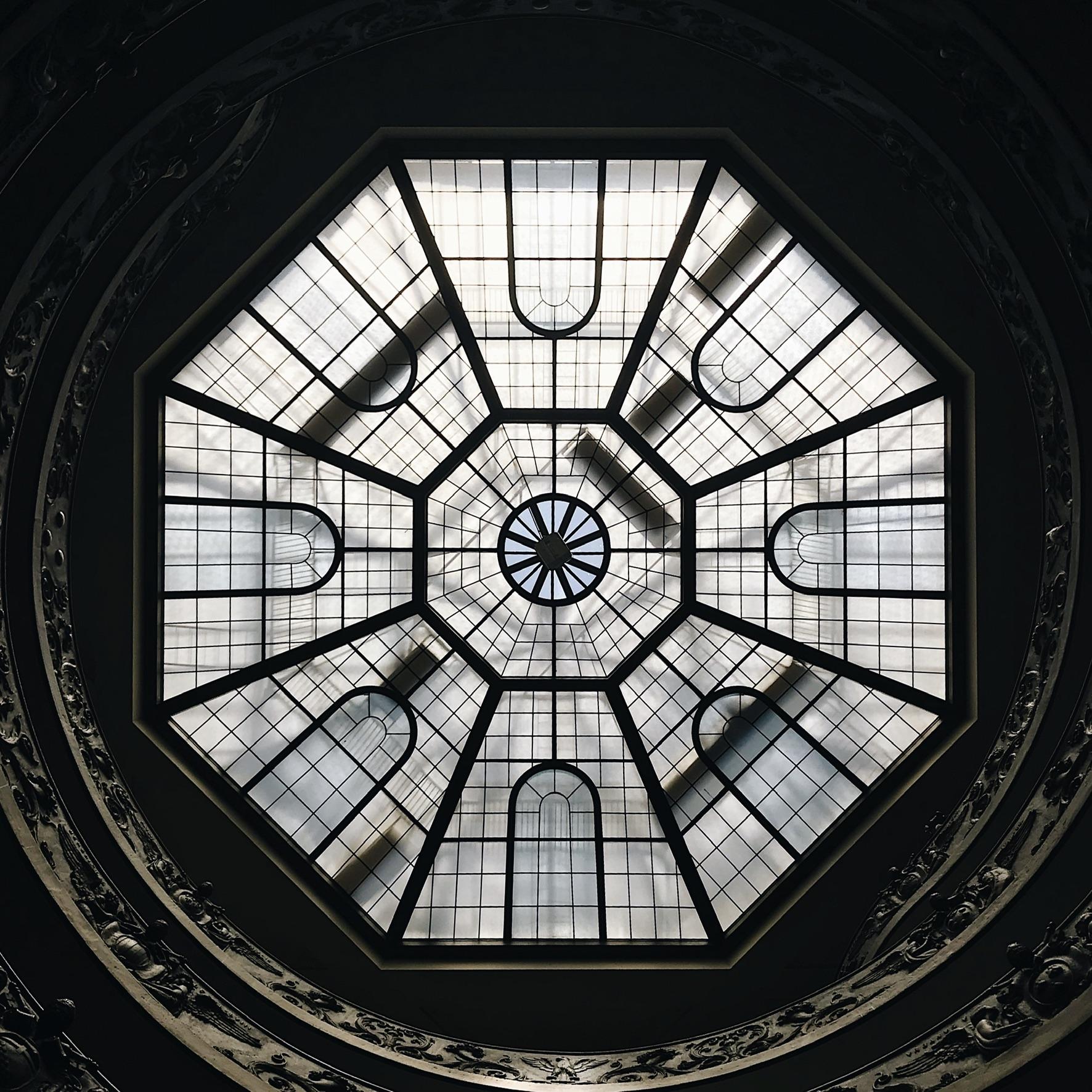 Vue de bas escalier - Msuée du Vatican